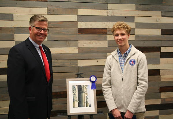 Wheaton Academy Senior Receives Distinguished Congressional Art Award