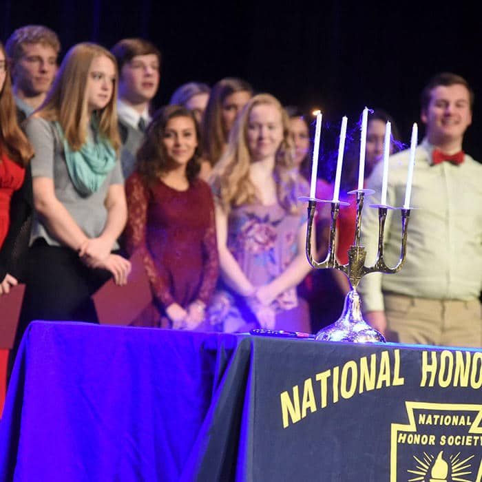Wheaton Academy's National Honor Society members accepted for excellent grades and service to their community