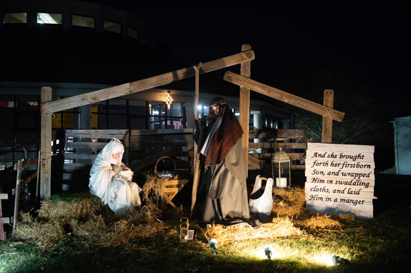 Project LEAD Global students host a live nativity fundraiser